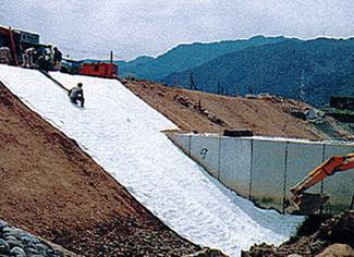 コンクリートマット敷設